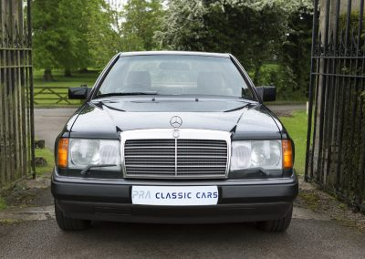 Mercedes 230 CE Manual 10