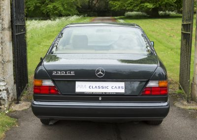Mercedes 230 CE Manual 12