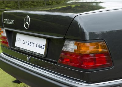 Mercedes 230 CE Manual 2