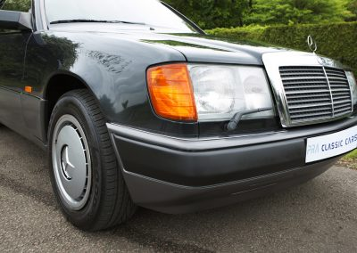 Mercedes 230 CE Manual 7