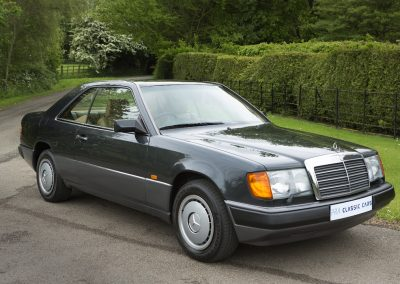 Mercedes 230 CE Manual 9